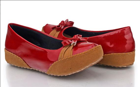 Sepatu: Sepatu Casual Merah Kombinasi Coklat (SDG-479)
