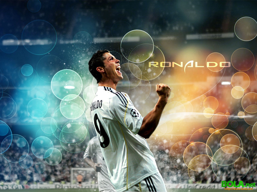 Cristiano Ronaldo Wallpapers 2012   C Ronaldo Latest Wallpapers