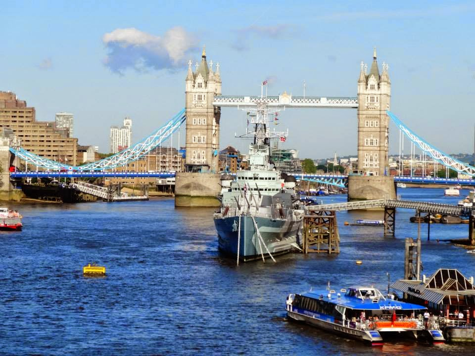 River Thames with HMS Belfast, behind Tower Bridge