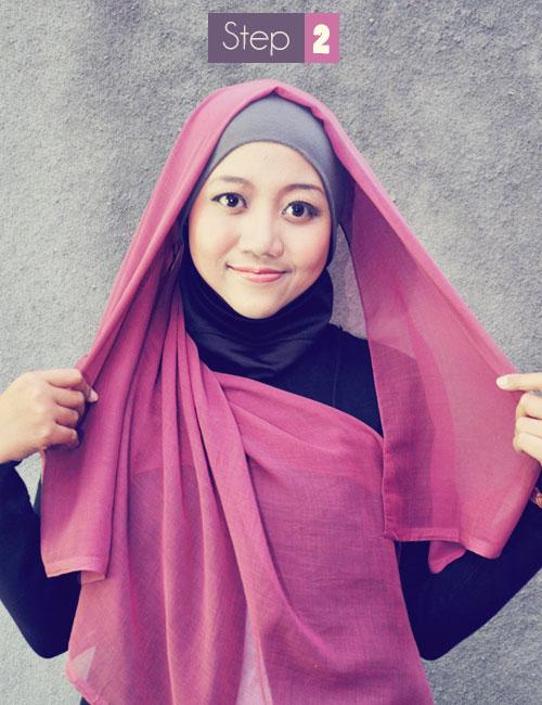 Cara memakai Hijab Kerudung Segiempat