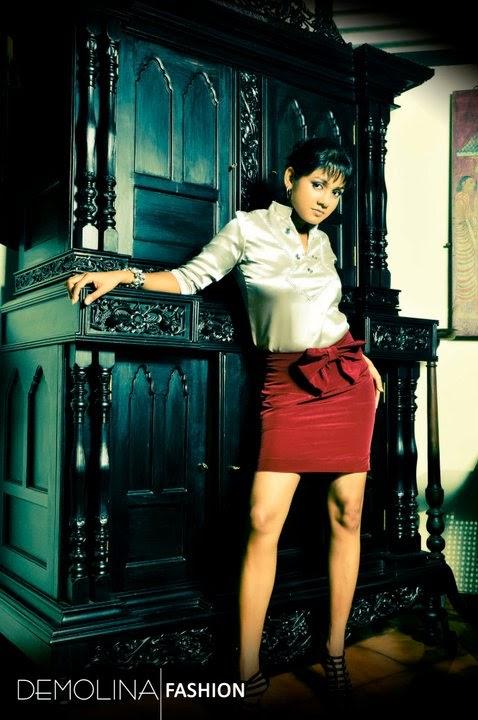 Dinusha Kondadeniya short skirt