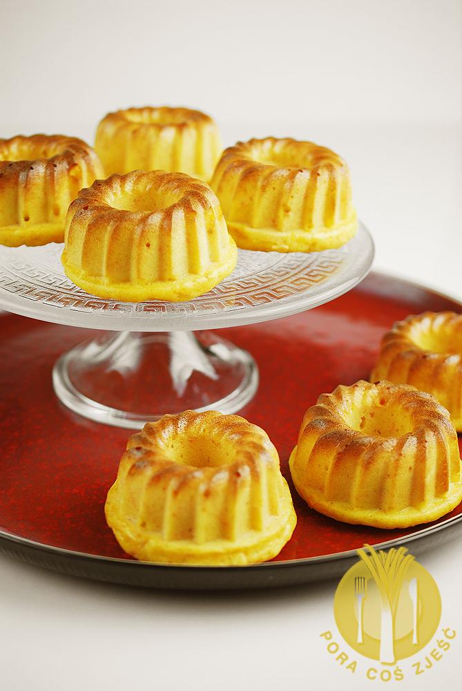 Zdrowe muffiny marchewkowe