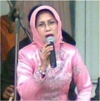Nia Setiawati