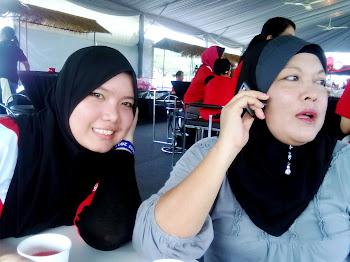 with my mum!!!