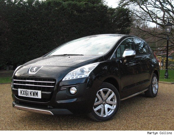 2012 peugeot 3008 hybrid4 review pictures and video blackcarracing. Black Bedroom Furniture Sets. Home Design Ideas