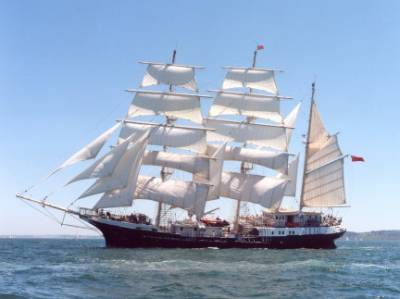 Gambar Perahu Layar 01