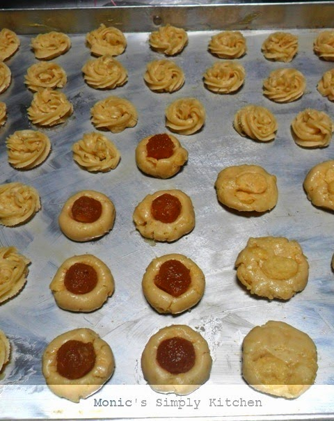 thumbprint cookies sagu keju