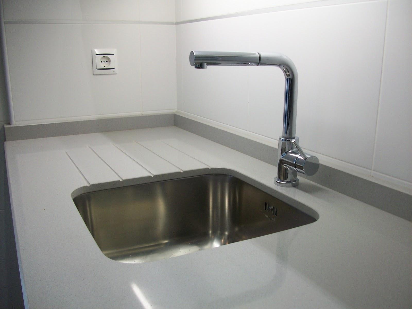Sfc muebles sostenibles y creativos cocinas for Encimera de granito gris