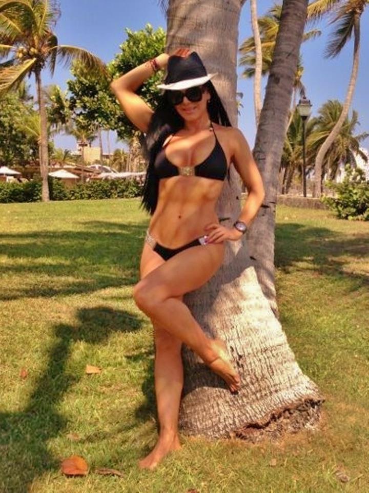 Maribel Guardi En Bikini