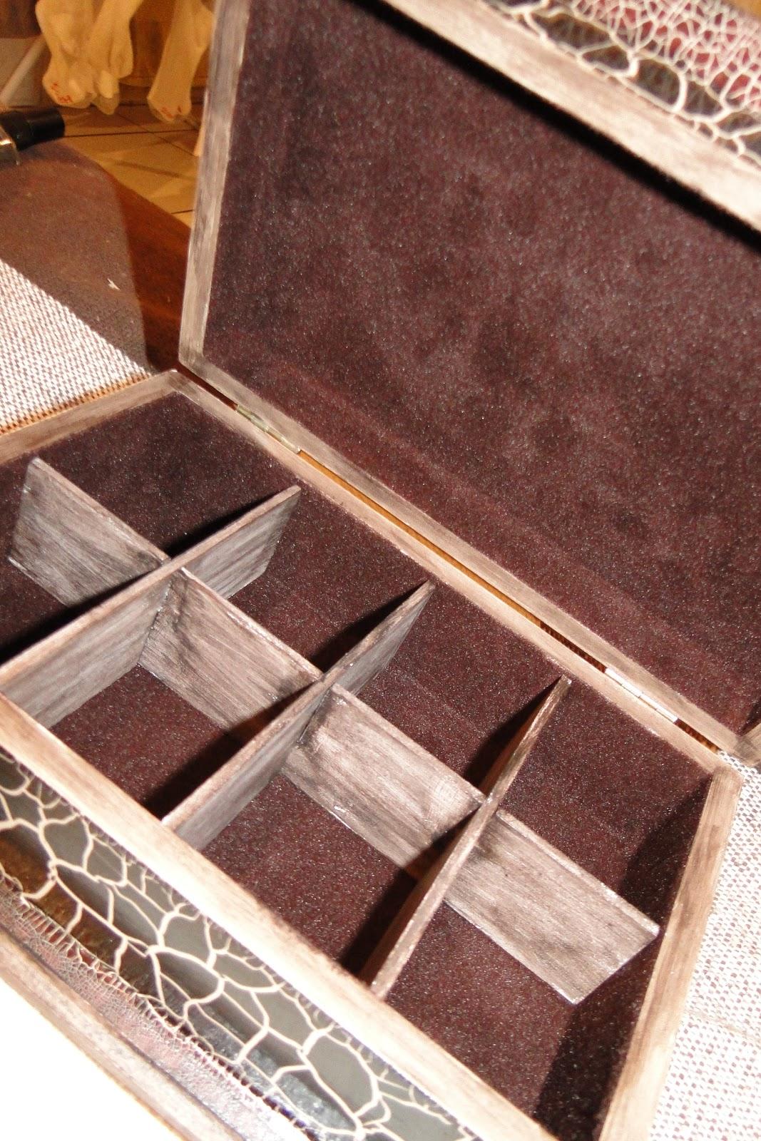 Caixa porta porta jóia e porta treco craqueladas tabaco / stencil  #A46527 1067x1600