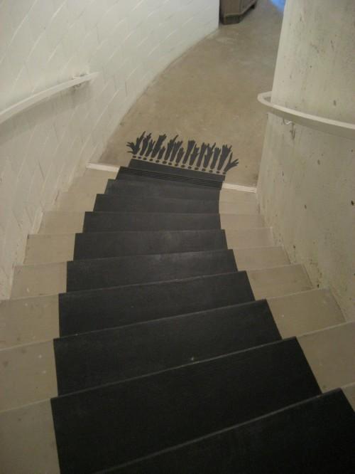 Una alfombra pintada en la escalera somosdeco blog de for Escaleras con alfombra
