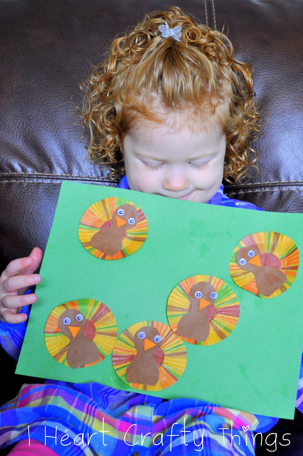 Five Little Turkeys Craft | I Heart Crafty Things