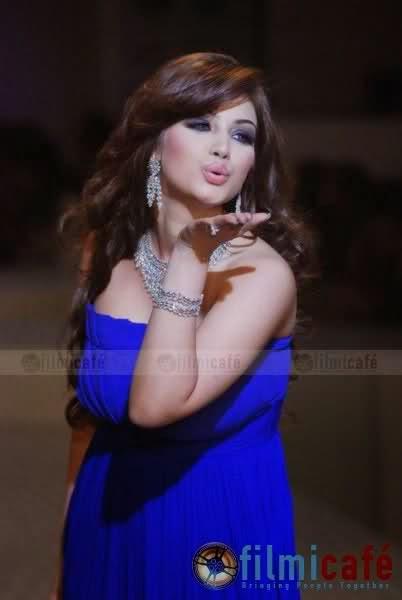 Ayesha Takia Watch This Superhot Actress of Bollywood