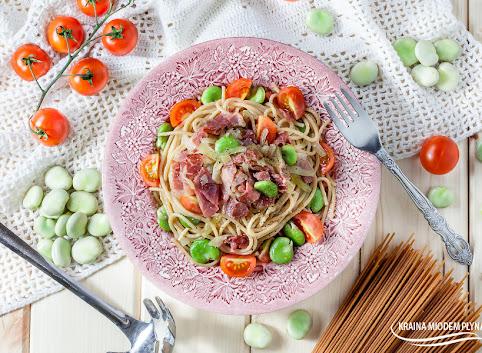Spaghetti z bobem i szynką szwarcwaldzką
