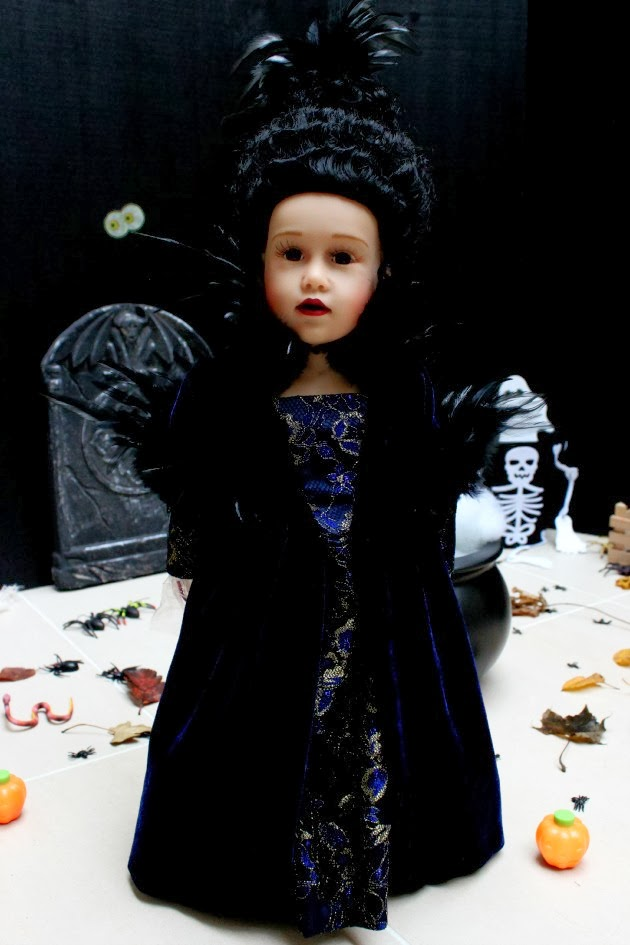 My doll best friend the queen of halloween for Sessel queen
