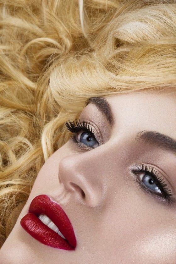 Модели с вечернем макияжем