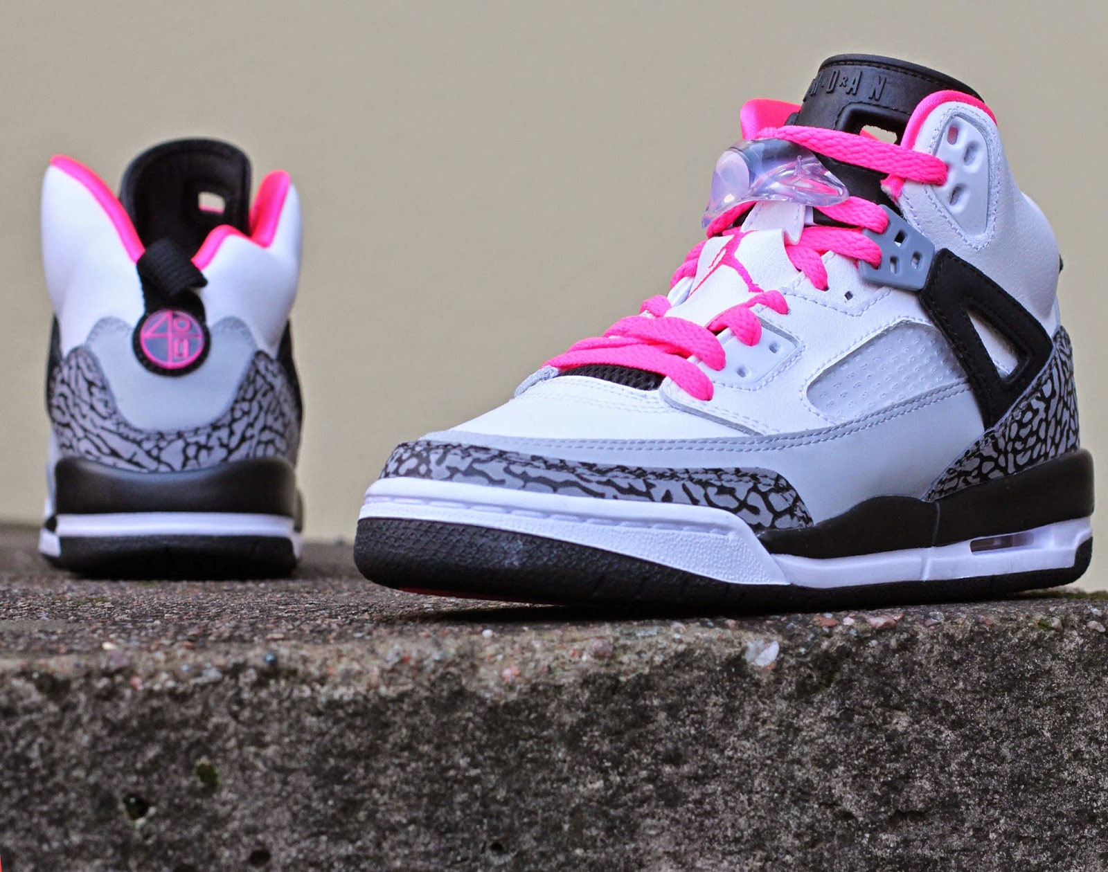 http://www.footish.se/sneakers/nike-air-jordan-spizike-gg