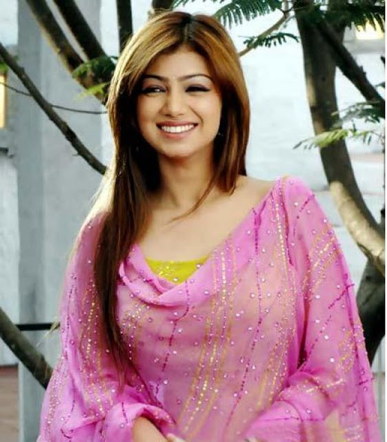 ayesha takia in salwar suit