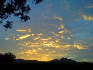 Langit Pagi Desa Sundul Yang Indah