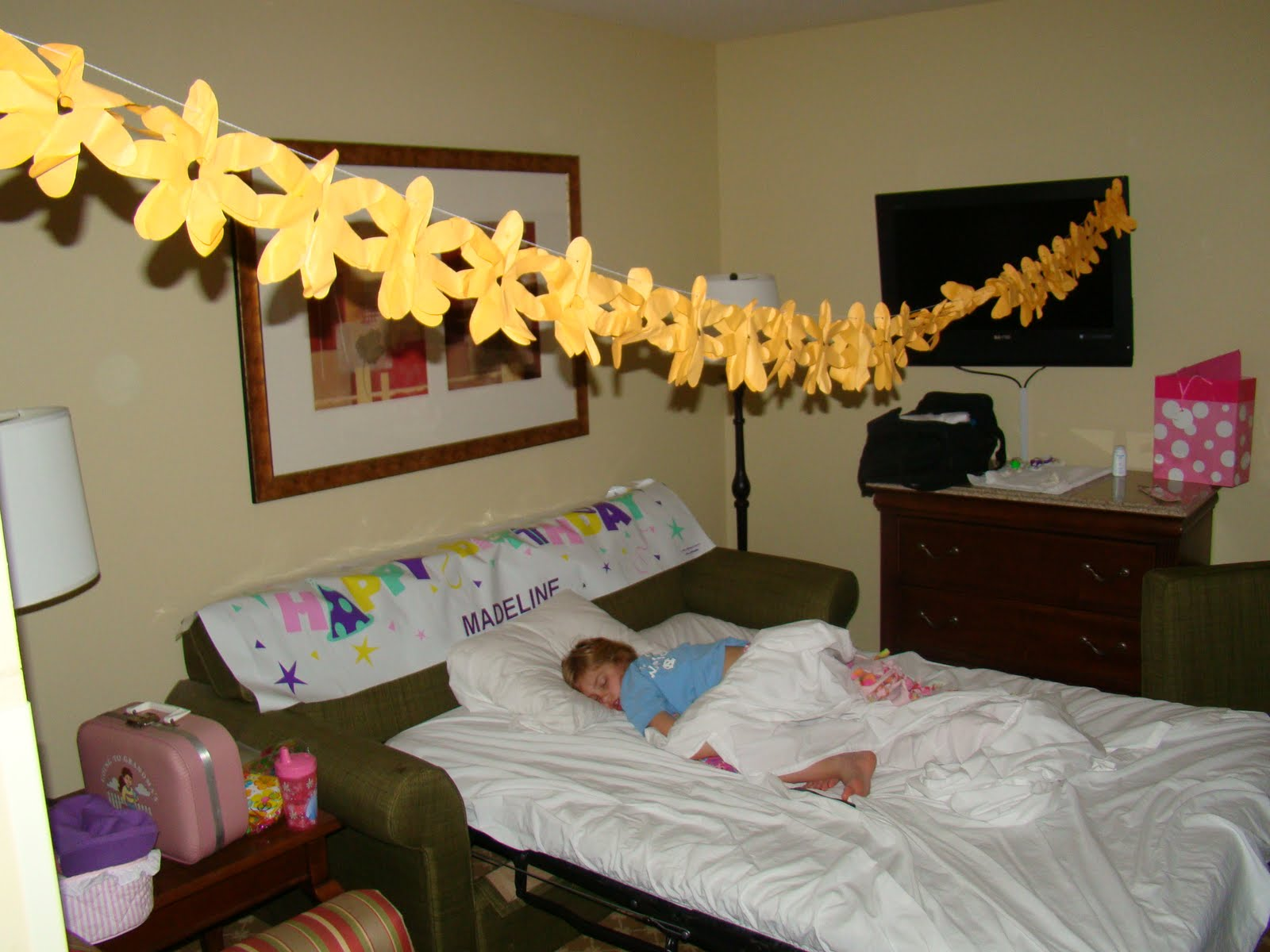 Hotel Room Decoration For Birthday Decorate The