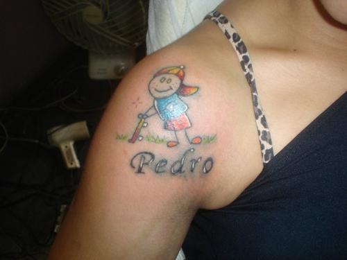 Tatuagem em homenagem a um filho