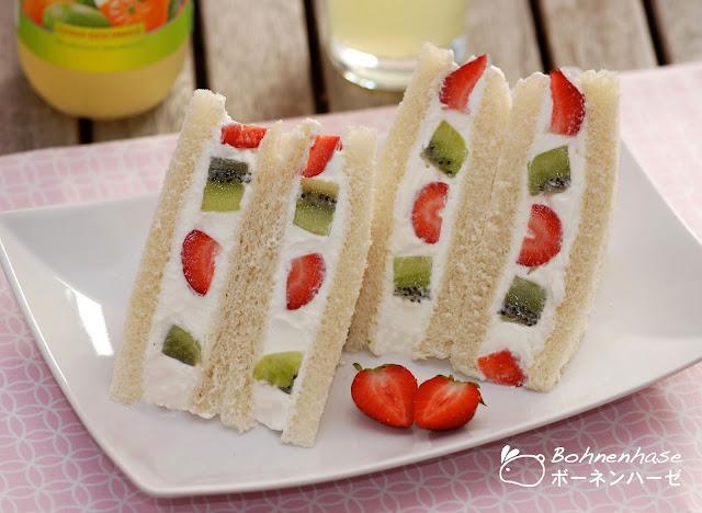 Japanese fruit sandwich