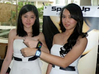 SpeedUp SmartWatch, Jam Tangan Pintar Berbasis Android KitKat Pertama Di Dunia Harga 1,5 Juta