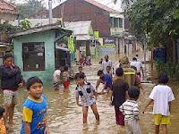 Meminimalisir Kerugian Materi Saat Banjir