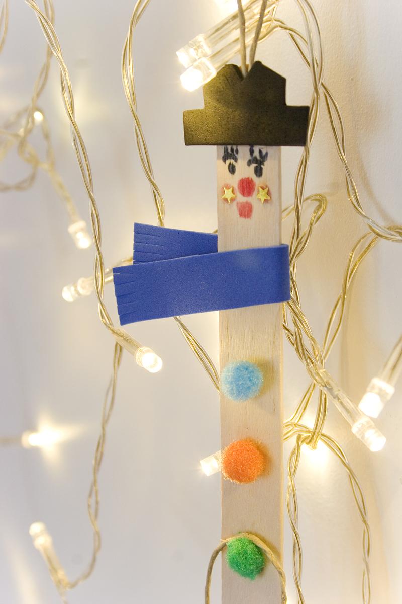 Decorar en familia: Diy colgantes navideños para el catálogo de Imaginarium8