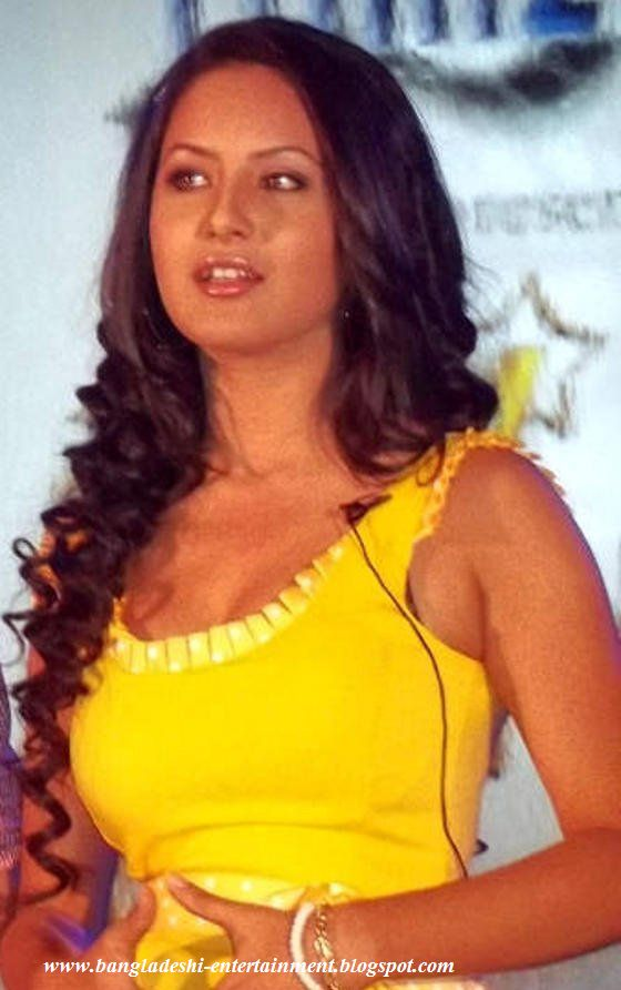 Here Is Bengali Actress Pooja Bose Hot Pictures And Wallpaper
