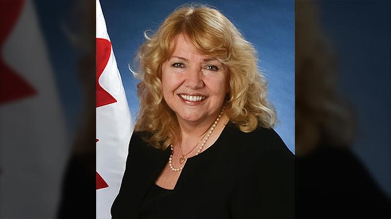 Click pic for Senator Lynn Beyak's website