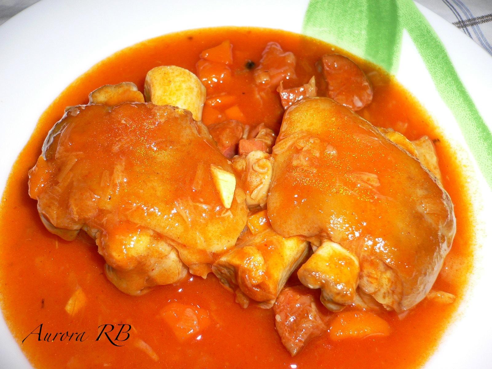 Las recetas de aurora manitas de cerdo en salsa for Como cocinar manos de cerdo