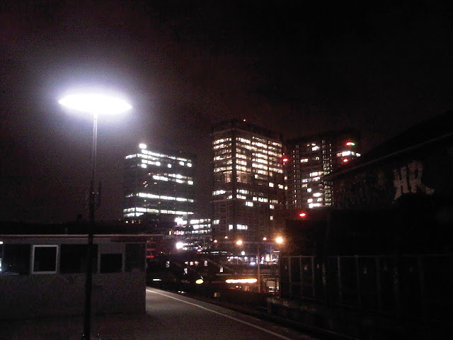 IBM-Türme Berliner Tor bei Nacht