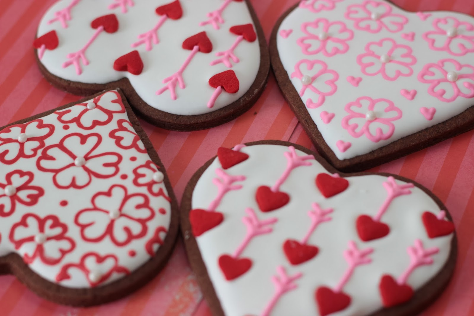 cupid arrow cookie