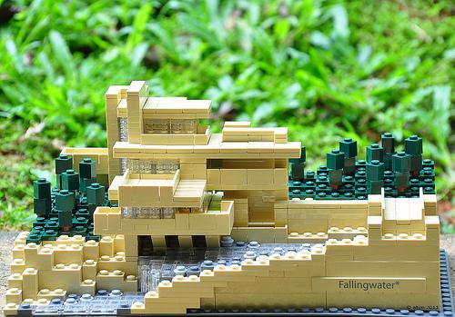 Lego Architecture Fallingwater9