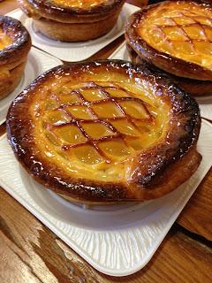 道の駅吉野ヶ里にある森のパン屋「せふりの」でアップルパイを買ってみた