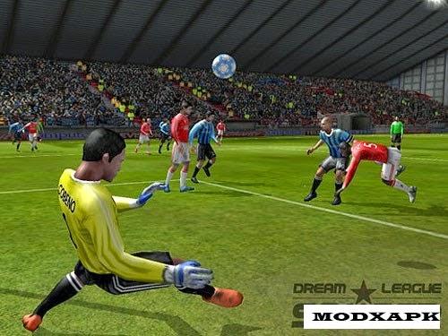 Dream League Soccer 2.05 MOD APK (Unlimited Gold Coins)