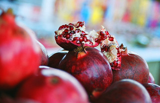 Pomegranate Fruits with its many Health Benefits