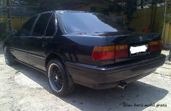 Honda Accord maesto m/t tahun 1990, Iklan baris mobil gratis