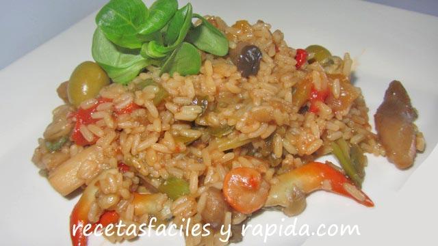 arroz con setas, gambas y langostinillos