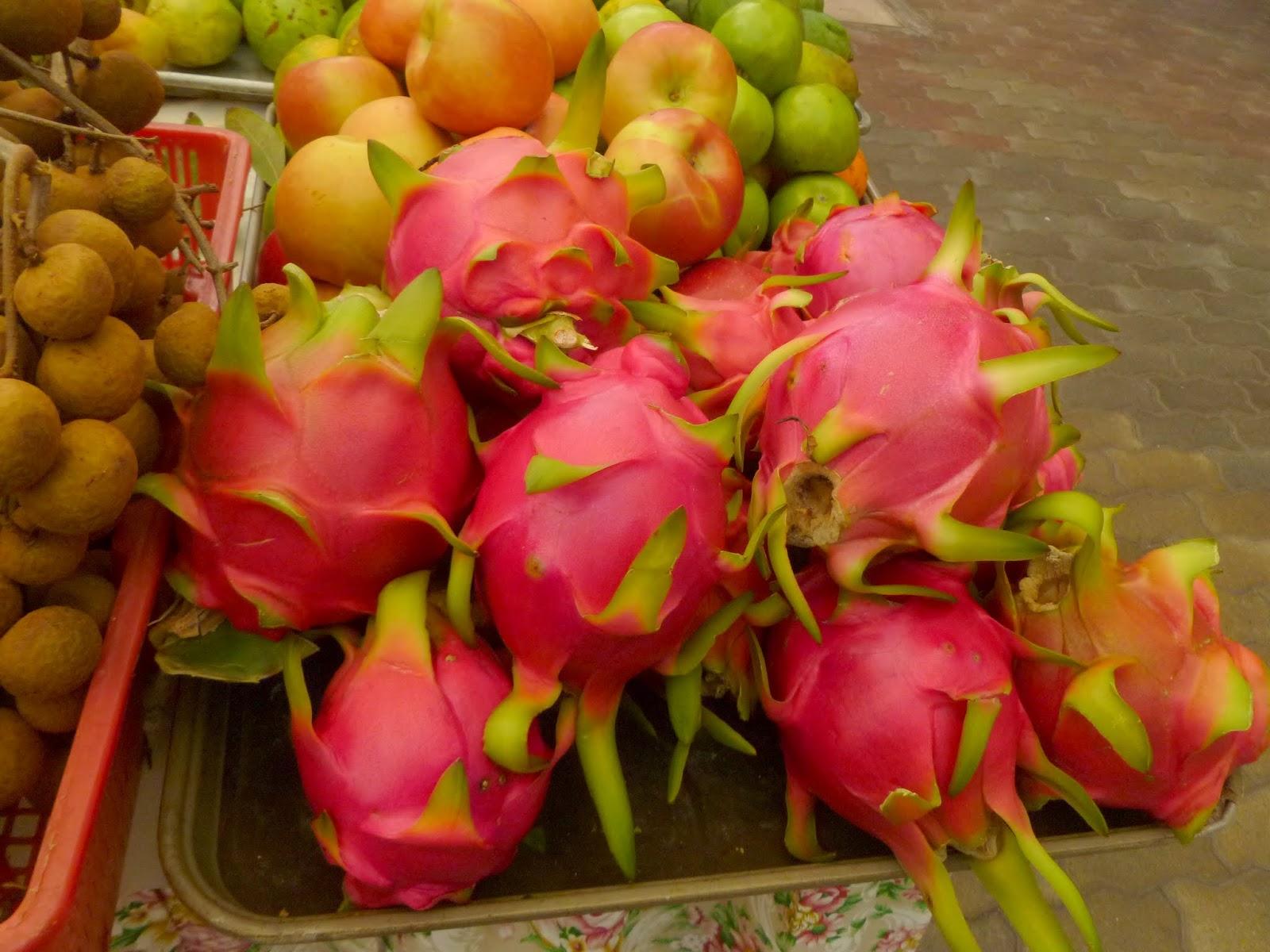 Reddish And Green Tinged Dragon Fruit At A Stall At The Queen Ka'ahumanu  Farmers