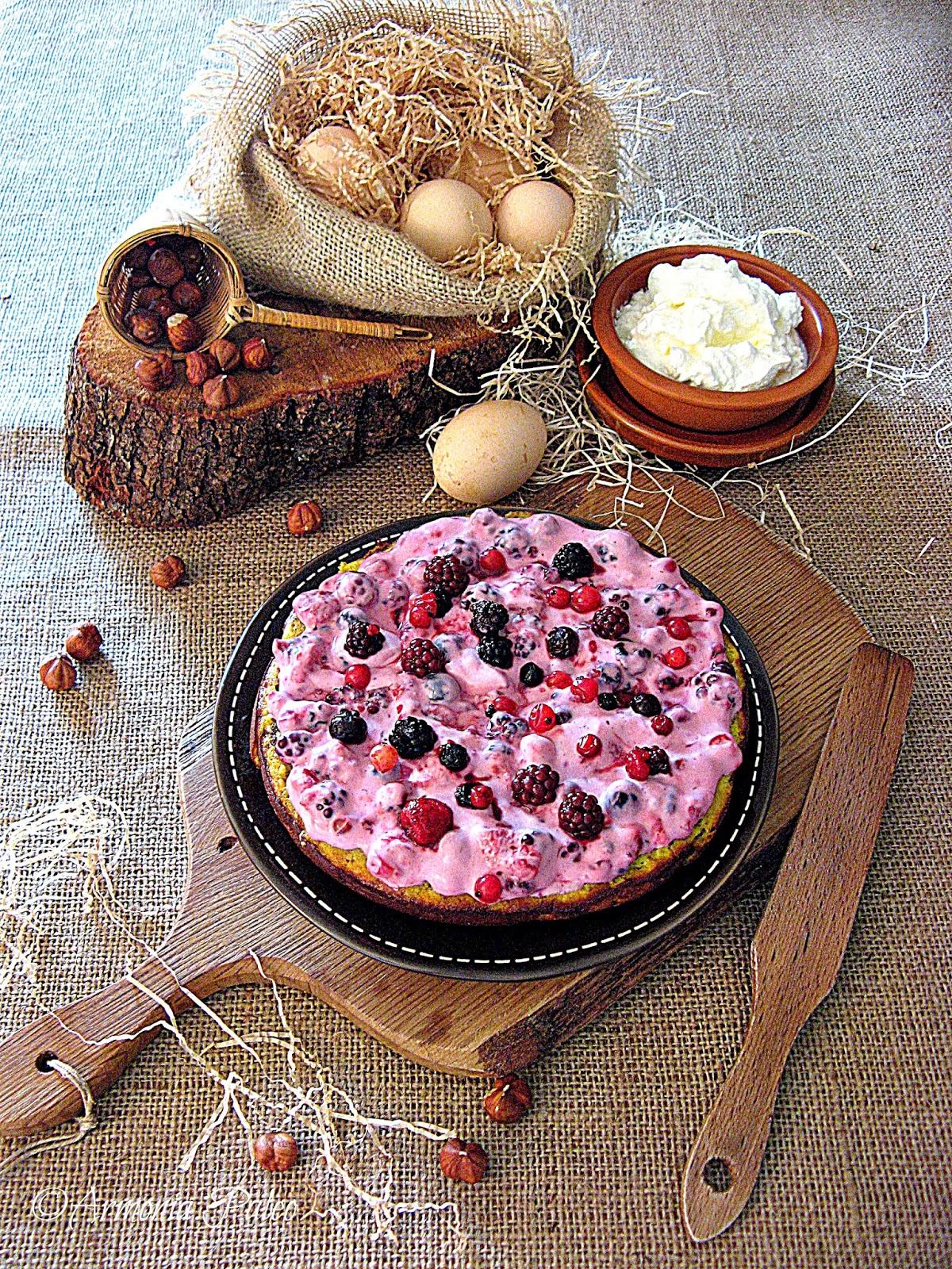 Torta Danese di Nocciole con Crema ai Frutti di Bosco di Armonia Paleo