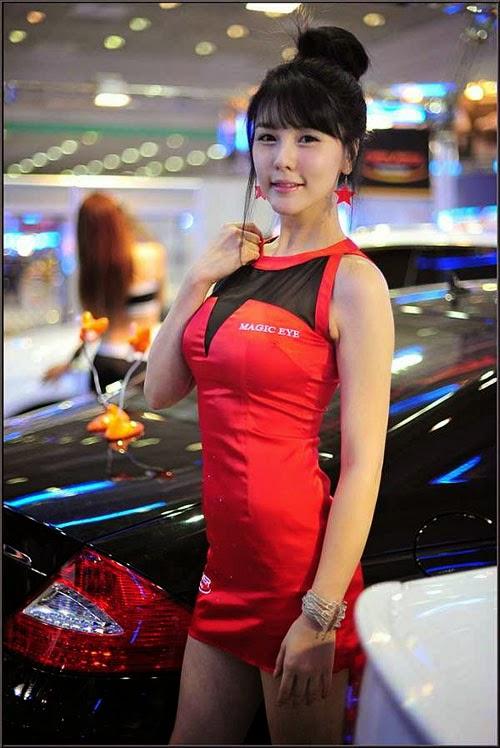 Người mẫu oto nóng bỏng nhất xứ Kim Chi