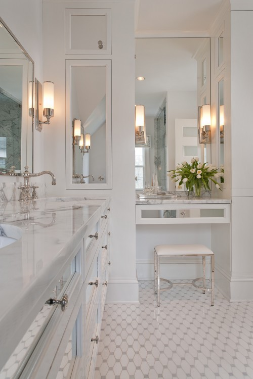 The Peak Of Tr 232 S Chic Not Your Grandma S Tile Bathroom