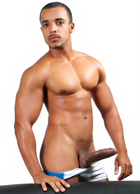 Latin Men With Big Penis Bulge