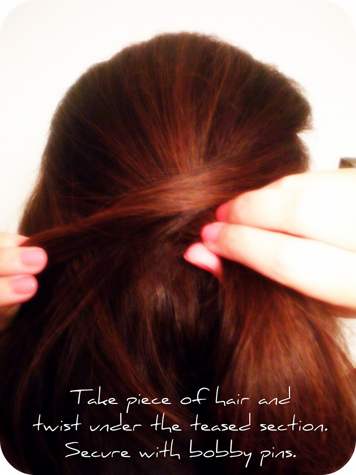 http://2.bp.blogspot.com/-zsBeU5dZpc0/T4zPxhhD9aI/AAAAAAAACQ4/fuXSidUFA9g/s1600/jessica+chastain+hair+oscars.jpg
