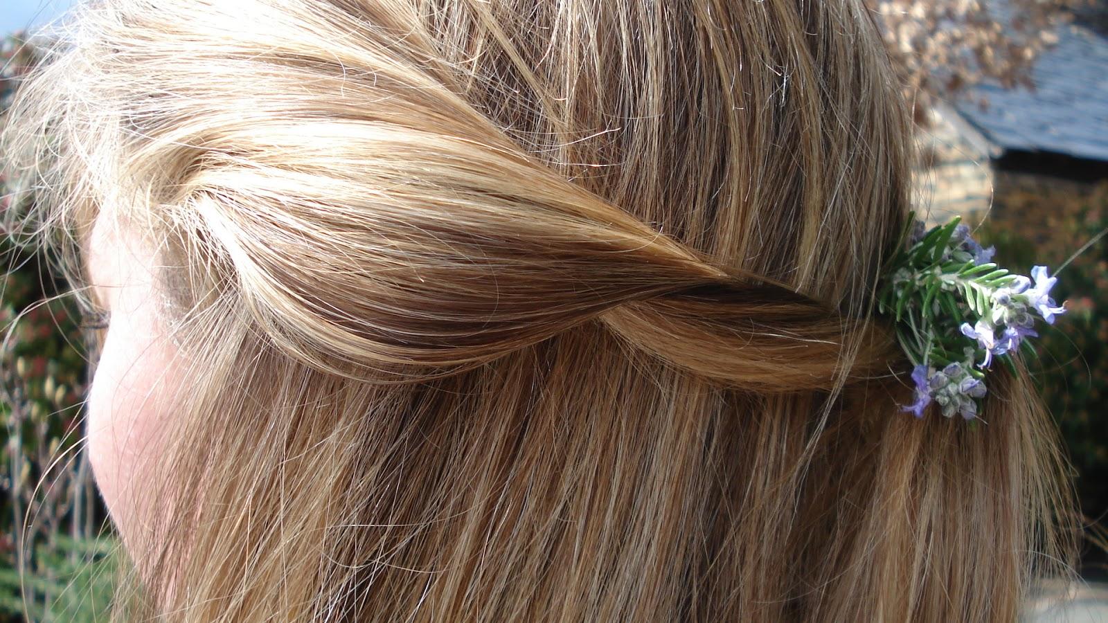 Los cabellos después del aceite de oliva las revocaciones