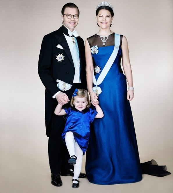 New Official Portrait Of Princess Victoria, Prince Daniel And Princess Estelle