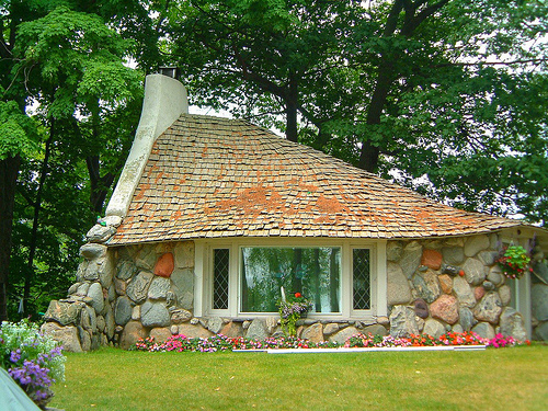 tiny house eye candy a small stone