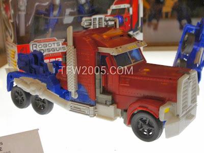 Optimus Prime Transformers Prime Weaponizers BOTCON 2012